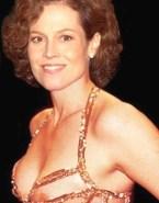 Sigourney Weaver Boobs Exposed 001