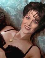 Sigourney Weaver Bra Naked 001