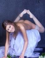 Summer Glau Nude Ass 003