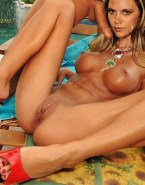 Victoria Beckham Cumshot Facial Vagina Legs Spread Sex 001