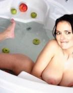 Winona Ryder Shower Big Breasts Porn 001