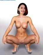 Yui Aragaki Naked Body Legs Spread Pussy Shot Fake 001