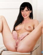 Zooey Deschanel Legs Spread Pussy Shot Fake 002