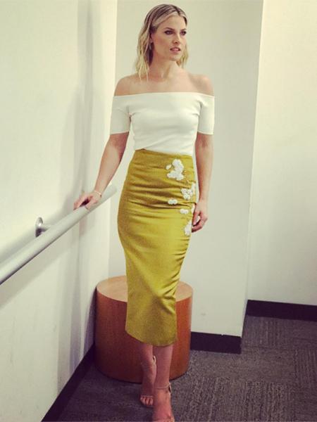 Ali Larter in Brock Collection Gold Snow Pencil Skirt (Instagram Jan 26, 2017)