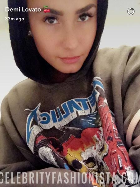Demi Lovato, Madeworn Metallica Contrast Hoodie (Snapchat, Feb 2017)