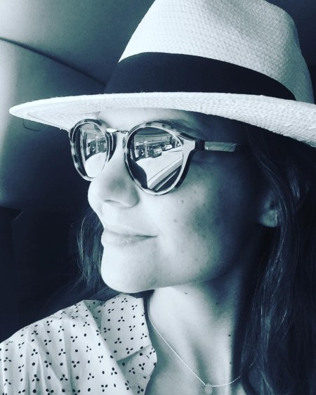Katie Holmes, Madewell x Biltmore Panama Hat and Madewell Indio Sunglasses (Instagram April 14, 2017)