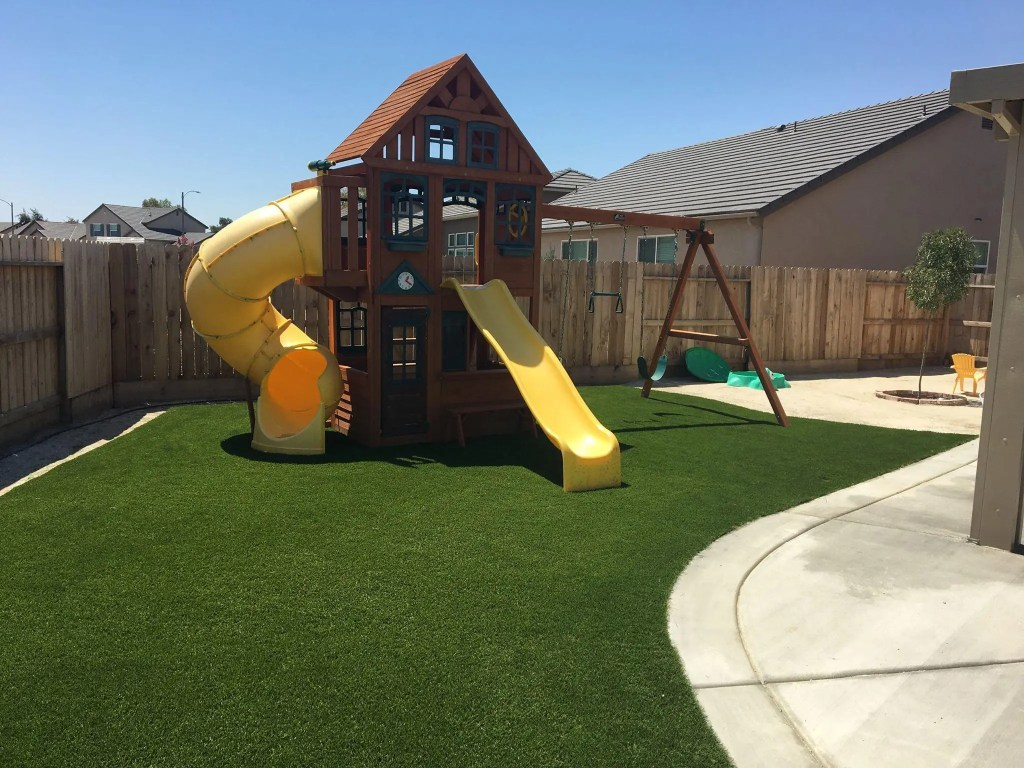 How Long Will My Synthetic Grass Last?