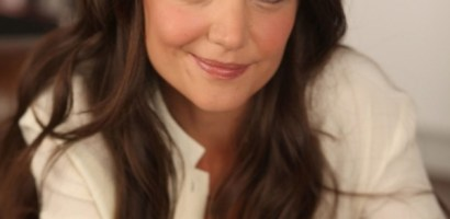 Katie Holmes Favorite Color Food Cupcakes Music Books Perfume Biography