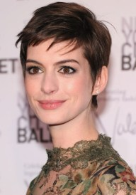 Anne Hathaway Favorite Designers Music Movies Biography