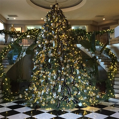 Kris Jenner Christmas Tree 2014