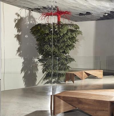 Victoria Beckham Christmas Tree 2014