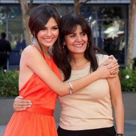 Victoria Justice Mother