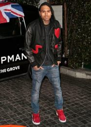 Chris Brown Body Measurements Height Weight Shoe Size Stats
