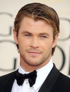 Chris Hemsworth Body M...