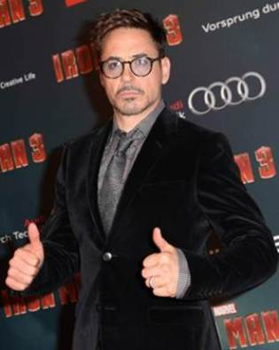 Robert Downey Jr. Body Measurements