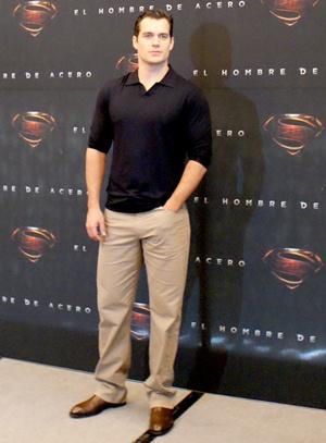 Henry Cavill Height Body Shape