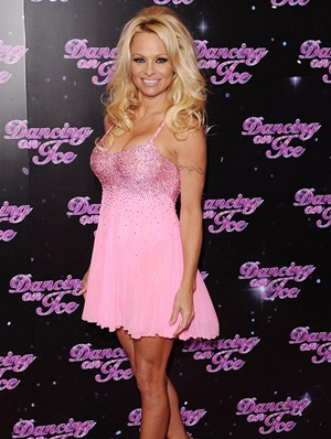 Pamela Anderson Height Body Shape