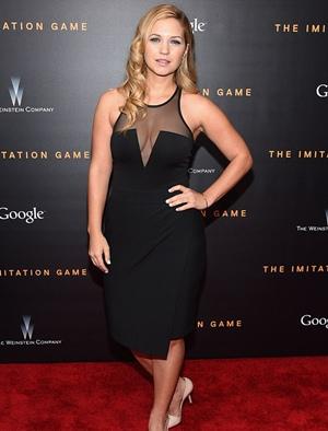 Vanessa Ray Height Body Shape