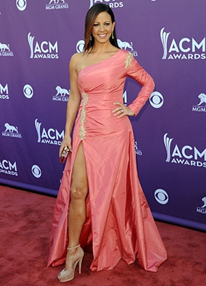 Sara Evans Height Body Shape