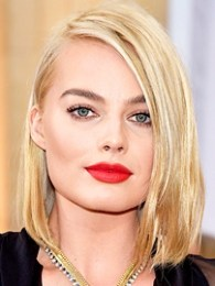 Body Measurements of Margot Robbie with Bra Size Height Weight Vital Statistics