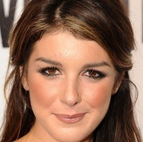 Shenae Grimes Body Measurements Height Weight Bra Size Shape Shoe Vital Statistics