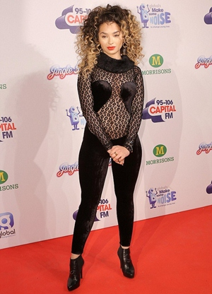 Ella Eyre Height Body Figure Shape