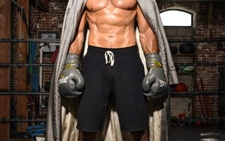 Frank Grillo Body Measurements Height Weight Biceps Shoe Size Vital Stats Bio