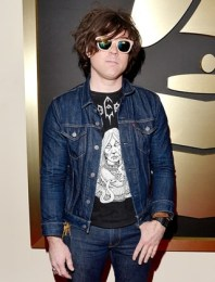 Ryan Adams Body Measurements Height Weight Shoe Size Age Vital Stats Facts