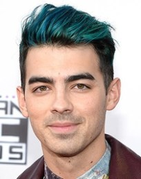 Joe Jonas Body Measurements Height Weight Shoe Size Vital Stats Bio