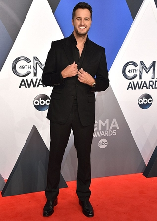 Luke Bryan Height Weight Body Shape