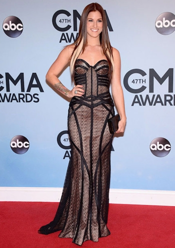Cassadee Pope Height Weight Body Figure Shape