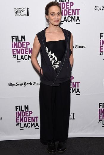 Fiona Apple Height Weight Body Shape