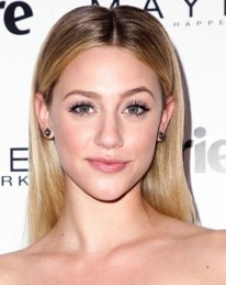 Lili Reinhart Measurements Height Weight Bra Size Age Body Facts Family