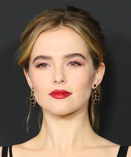 Actress Zoey Deutch