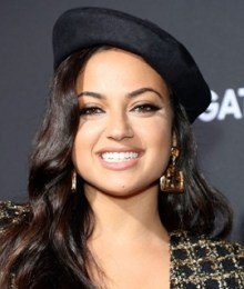 Inanna Sarkis Measurements Height Weight Age Body Stats Facts Family