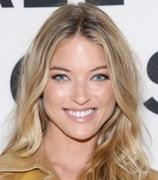 Martha Hunt Body Measurements Height Weight Bra Size Facts Family Bio
