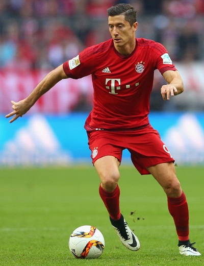 Robert Lewandowski Height Weight Stats