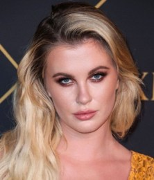 Ireland Baldwin Height Weight Bra Size Body Measurements Facts Family