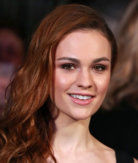 Actress Sophie Skelton