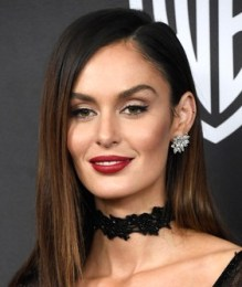 Nicole Trunfio Height Weight Body Measurements Bra Size Age Stat Facts