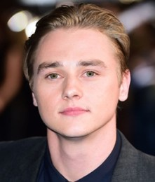 Ben Hardy Measurements Height Weight Shoe Size Age Body Stats Facts