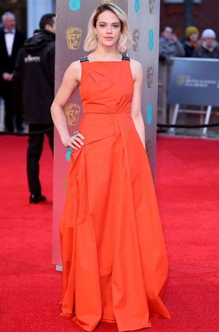Jessica Brown Findlay Height Weight Stats