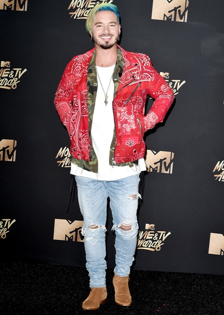 J Balvin Body Measurements Stats