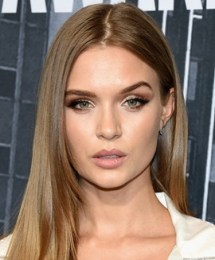 Josephine Skriver Measurements Height Weight Bra Size Body Stats Facts