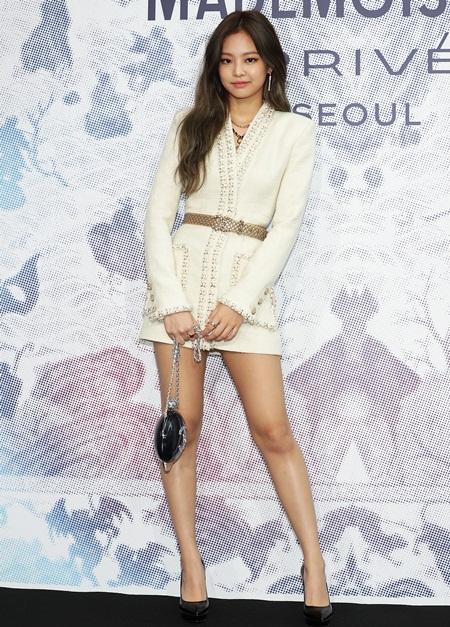Jennie Kim Height Weight Bra Size