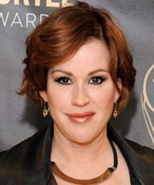 Molly Ringwald Height Weight Body Measurements Bra Size Age Facts