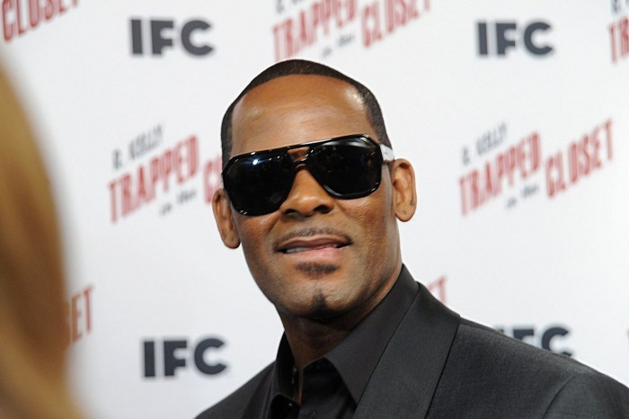 R. Kelly Seems To Prove That He Did Right By The Woman Who Helped Him In His Time In Need