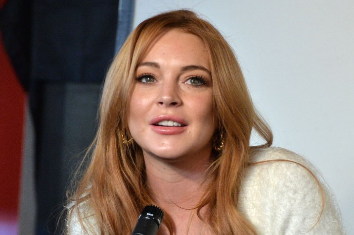 Lindsay Lohan Looks Very Confused On The Masked Singer Australia During Big Reveal And Social Media Hilariously Shades Her!