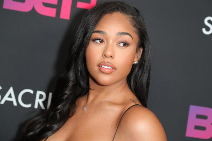 Jordyn Woods Makes The Best Out Of Her Abu Dhabi Vacay - See Her New Beach Pics