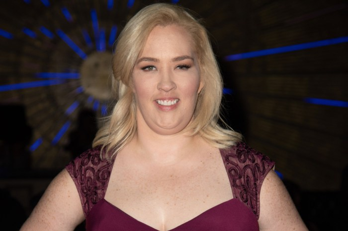 Mama June's Fans Express Their Concerns Over Her Missing Tooth In Video Ad!